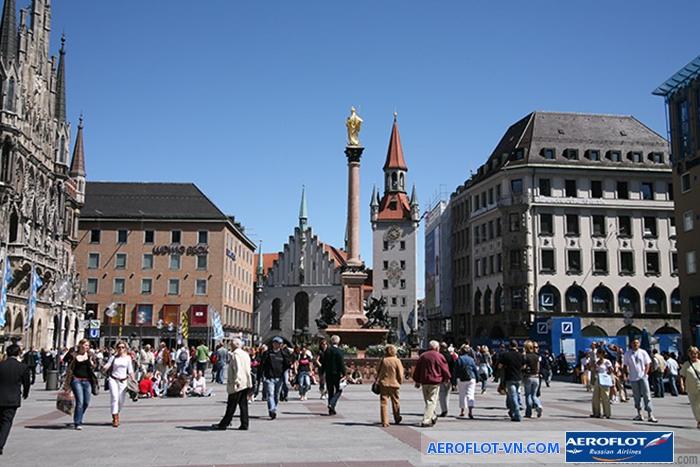 Quảng trường Đức Mẹ ở thành phố Munich