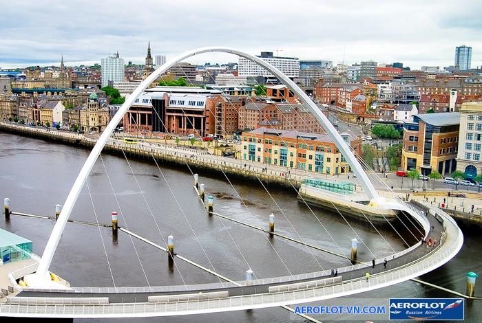 Cây cầu thiên niên kỷ Millennium ở Newcastle