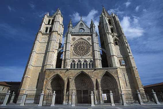 Nhà thờ lớn Catedral ở Barcelona