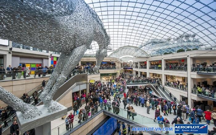 Những trung tâm mua sắm sầm uất là điểm thu hút du khách đến Leeds
