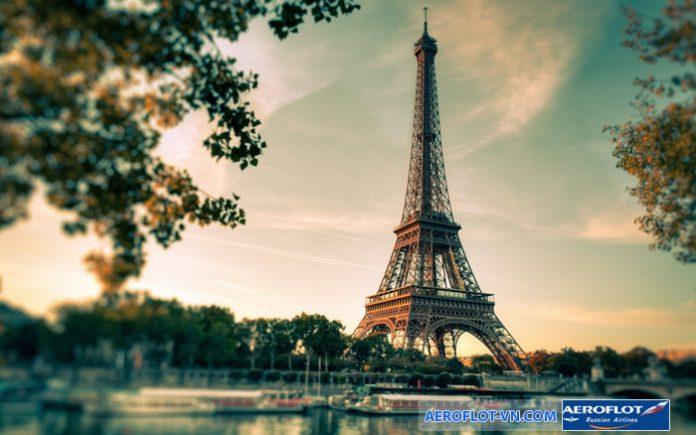 Tháp Eiffel - Paris