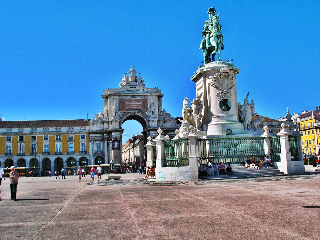 Lisbon nên