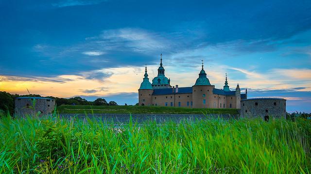 Chiêm ngưỡng lâu đài cổ Kalmar kiêu hãnh