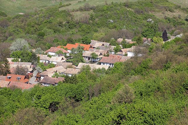 Thăm ngôi làng cổ Holloko ở Hungary