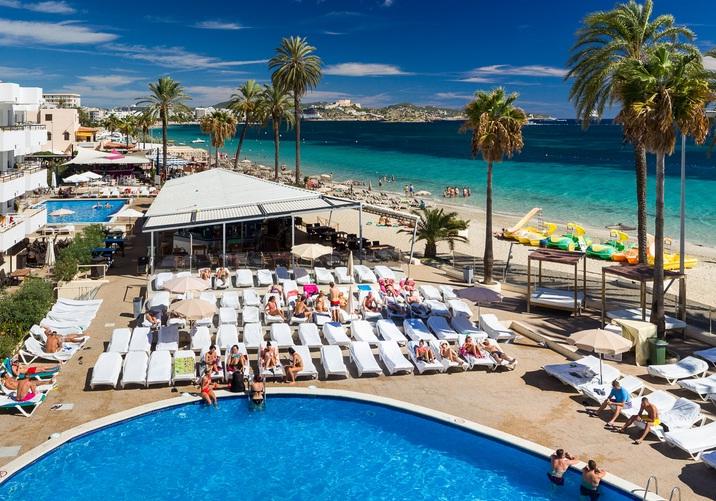 Ibiza - thiên đường ăn chơi sành điệu
