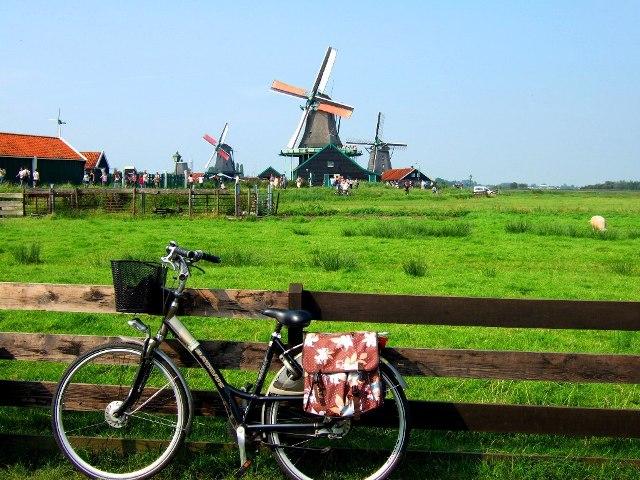 Khám phá Hà Lan xinh đẹp bằng xe đạp