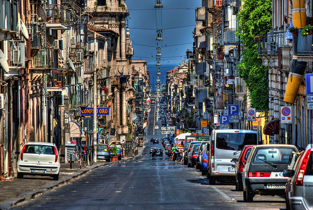 Vé máy bay đi Catania giá rẻ