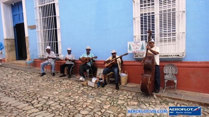 Âm nhạc đường phố đầy mê hoặc ở Cuba