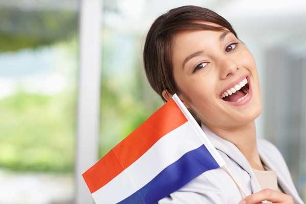Vé máy bay giá rẻ du học Hà Lan
