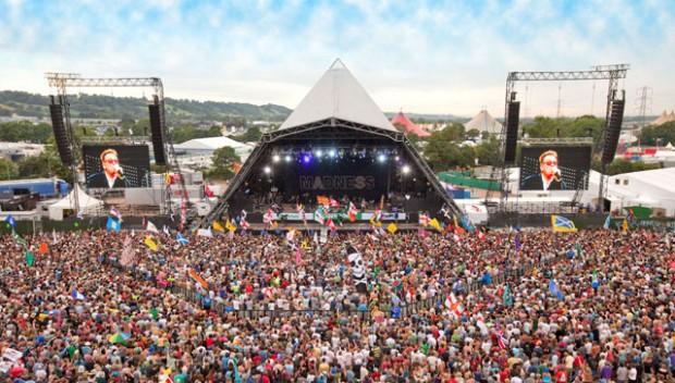 Glastonbury-Festival-Plays-On
