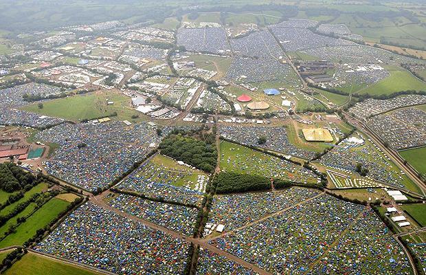 Tới Anh tham dự đại nhạc hội mùa hè Glastonbury