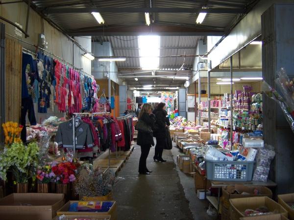 Trải nghiệm mua sắm tại các khu chợ Prague