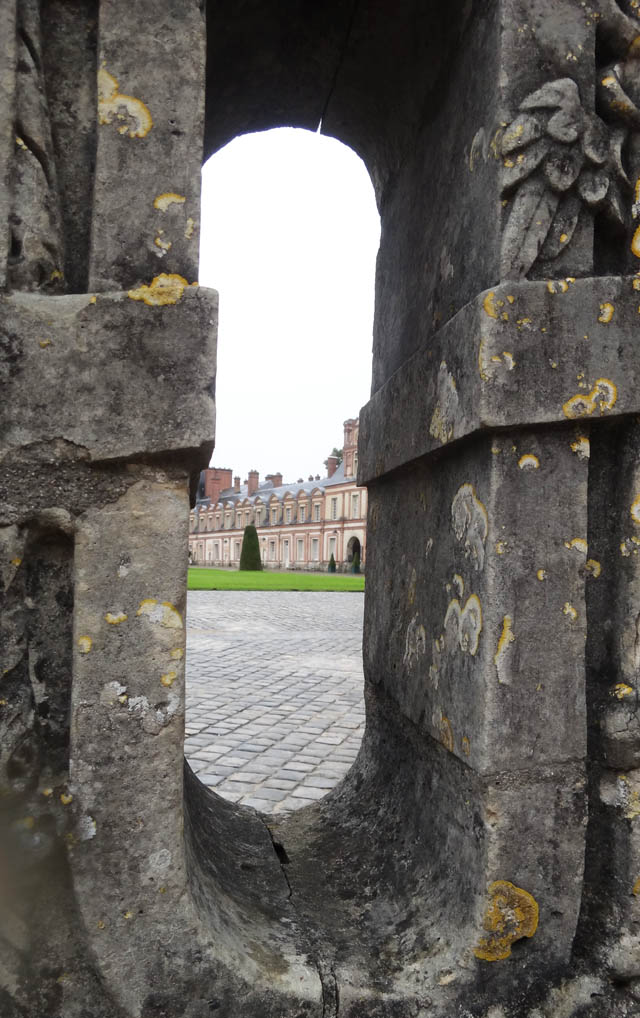 lâu đài xa hoa của vua chúa Pháp