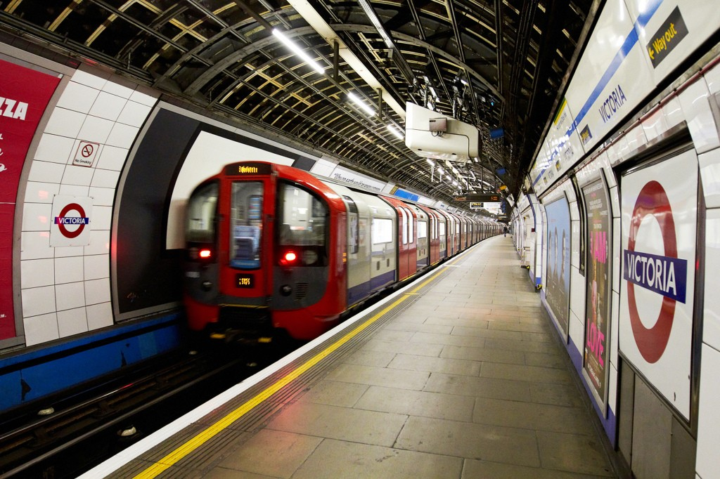 tàu điện ngầm London
