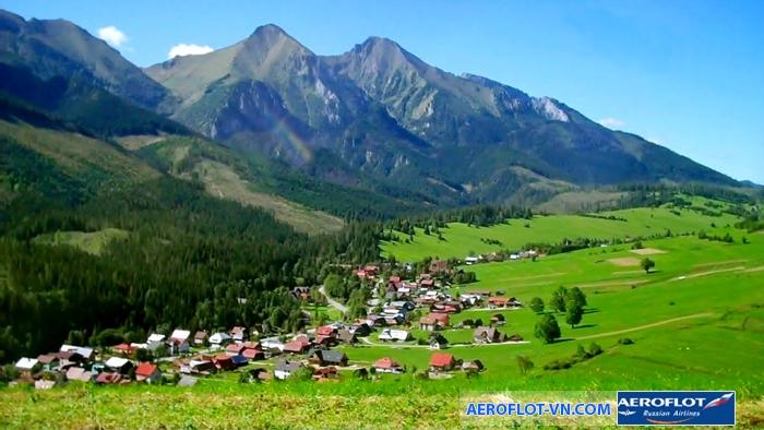 Dãy núi Carpathian hùng vĩ và thơ mộng ở Ukraine