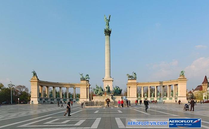 Quảng trường Anh Hùng của Budapest