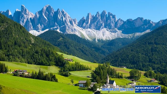 Khung cảnh núi rừng tươi đẹp ở Thụy Sĩ