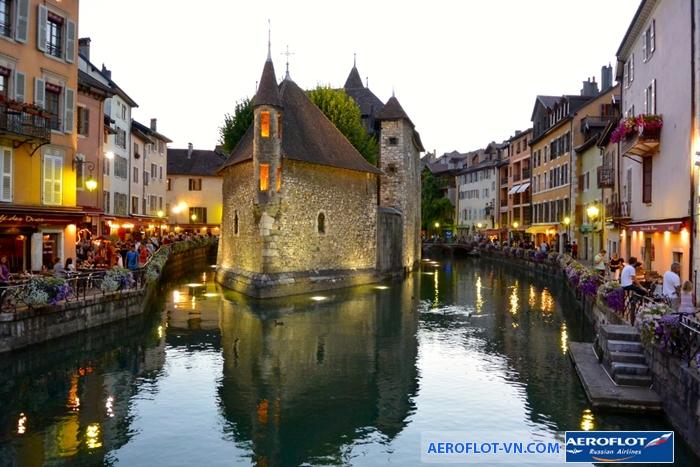 Annecy - thị trấn xinh đẹp bên bờ sông