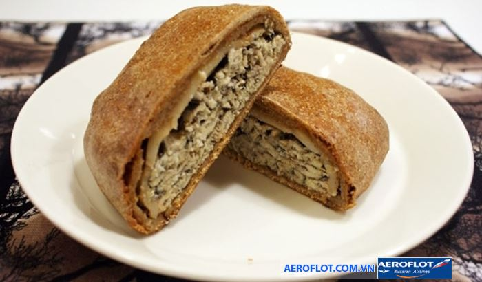 Bánh cá Kalakukko giòn thơm