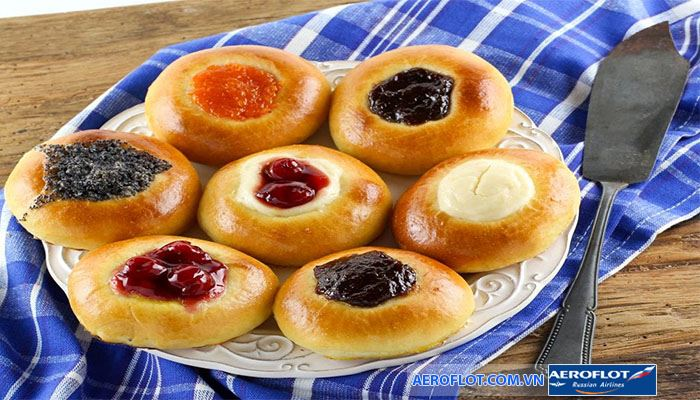 Bánh Kolache với đủ thứ nhân