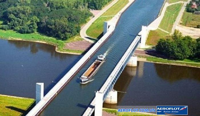 Cầu nước Edstone, Anh