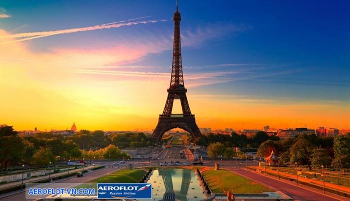Tháp Eiffel