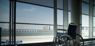 Những quy định dành cho người khuyết tật khi đi máy bay