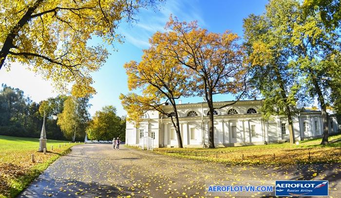 Saint Petersburg đẹp nhất vào khoảng tháng 6 đến tháng 8
