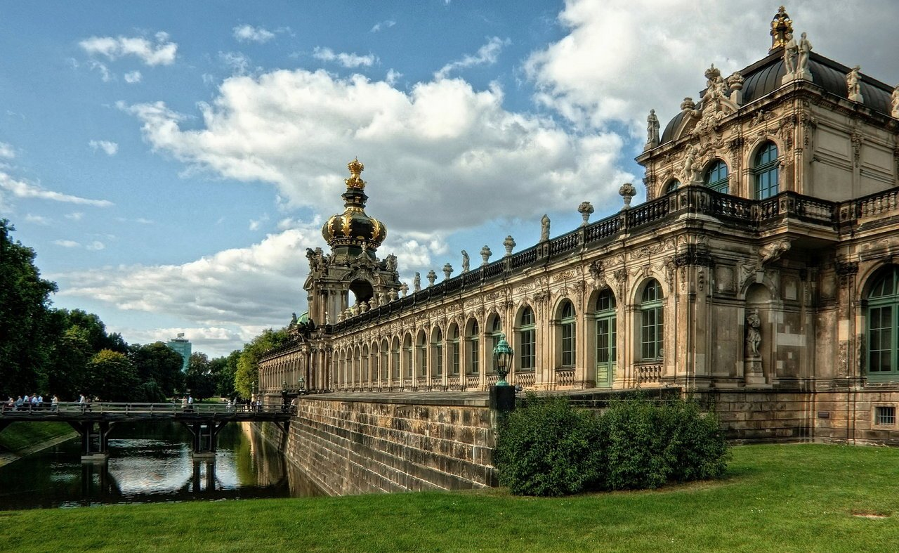 Cung điện Zwinger